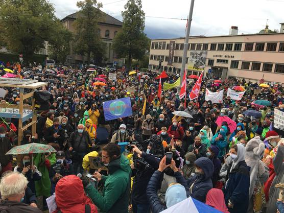 Nach der Rämung treffen sich die Mitglieder der Klimabewegung erneut in Bern.