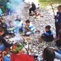 Auch sie gehören ins Jahresprogramm der KinderOase: Brätelausflüge an die Emme.
