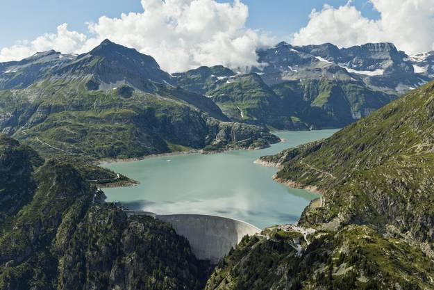 Der 1930 Meter hoch gelegene Stausee Emosson speist sich aus einem Teil des Wassers des Montblanc-Massivs.
