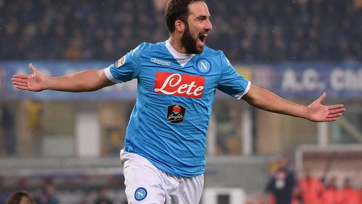 1. Gonzalo Higuain, 90 Mio Euro: Der Argentinier wechselt von Napoli innerhalb der Serie A zu Juventus Turin.