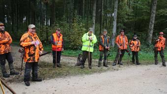 Jagdleiter Stefan Probst (2.v.l.) ist für den gesamten Jagdbetrieb verantwortlich.