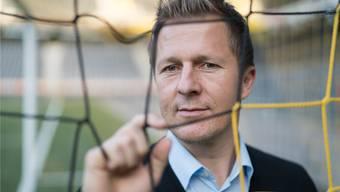 Der neue YB-Sportchef Christoph Spycher ist mit dem Fussball weiterhin in Tuchfühlung.