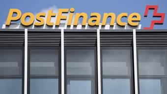Der Bundesrat ging über die Bücher: PostFinance soll nur zur Bank werden, wenn der Bund seine Mehrheit am Mutterkonzern Post verkauft.