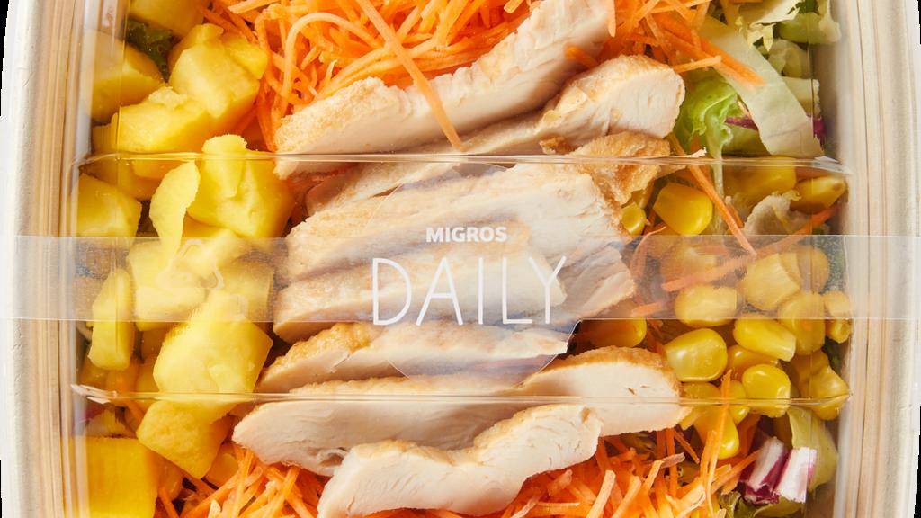 Eines von drei Produkten, welches die Migros zurückgerufen hat: Die «Migros Daily Saladbowl Poulet».