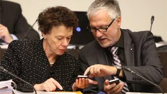 Seit zwölf Jahren miteinander im Gespräch: Die Regierungsräte Esther Gassler (FDP) und Peter Gomm (SP).