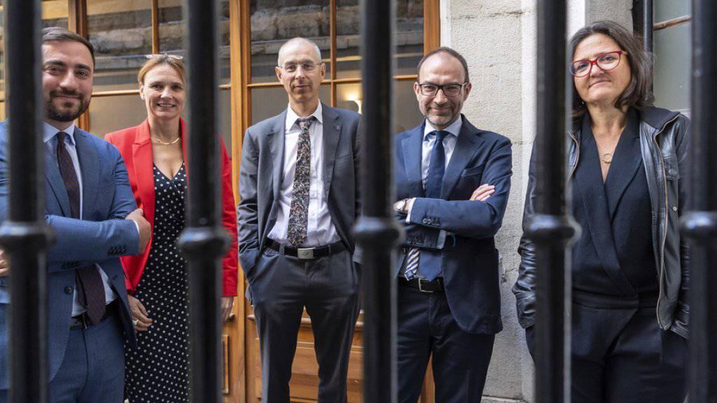 Die in Genf gegründete Organisation Projet Innocence Suisse bietet Opfern von Justizirrtümern in der Schweiz kostenlos Unterstützung an. Im Bild fünf der sechs Gründungsmitglieder.