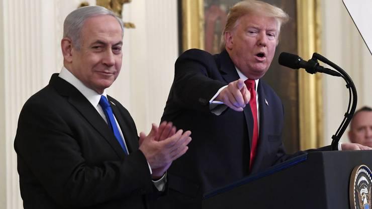 Der israelische Ministerpräsident Benjamin Netanjahu und US-Präsident Donald Trump bei ihrer gemeinsamen Pressekonferenz im Weissen Haus in Washington.