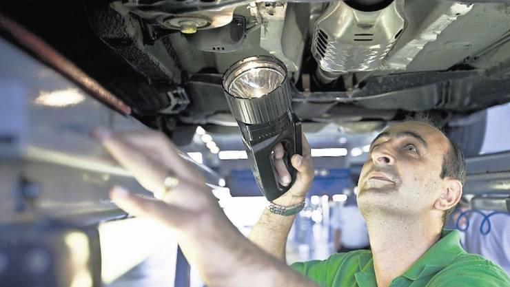 Bei jährlich rund 100 000 Fahrzeugprüfungen in der MFP beider Basel fallen etwa 20 Prozent wegen Mängeln durch und müssen zur Nachkontrolle.