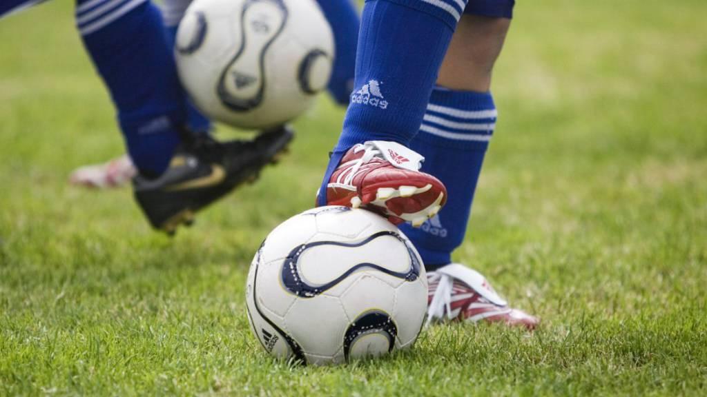 Der Amateur-Fussball kann die Meisterschaft nicht wie geplant beenden.