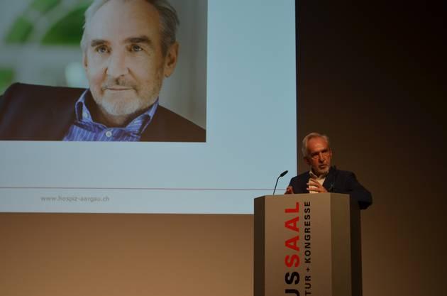 Das Hospiz Aargau feiert im Campussaal Brugg-Windisch das 25-Jahr-Jubiläum. Philosoph Ludwig Hasler hält seine Rede.