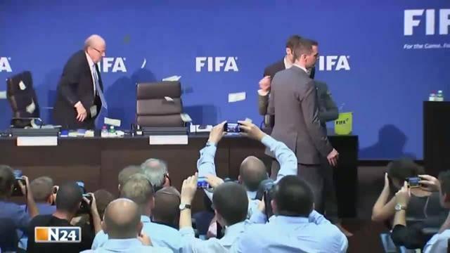 Blatters Comeback mit Klaus Stöhlker