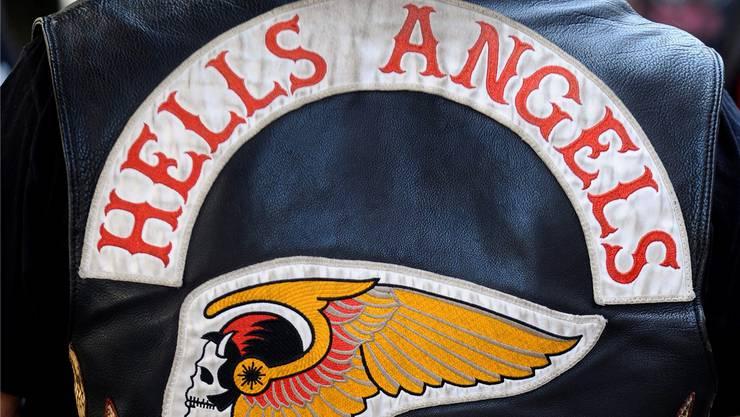 2010 stürmten Mitglieder der Rockergruppe Hells Angels in Ehrendingen das Eröffnungsfest der verfeindeten Gruppierung Outlaws. Dabei fielen Schüsse, Autos wurden demoliert. (ZVG/KEY)