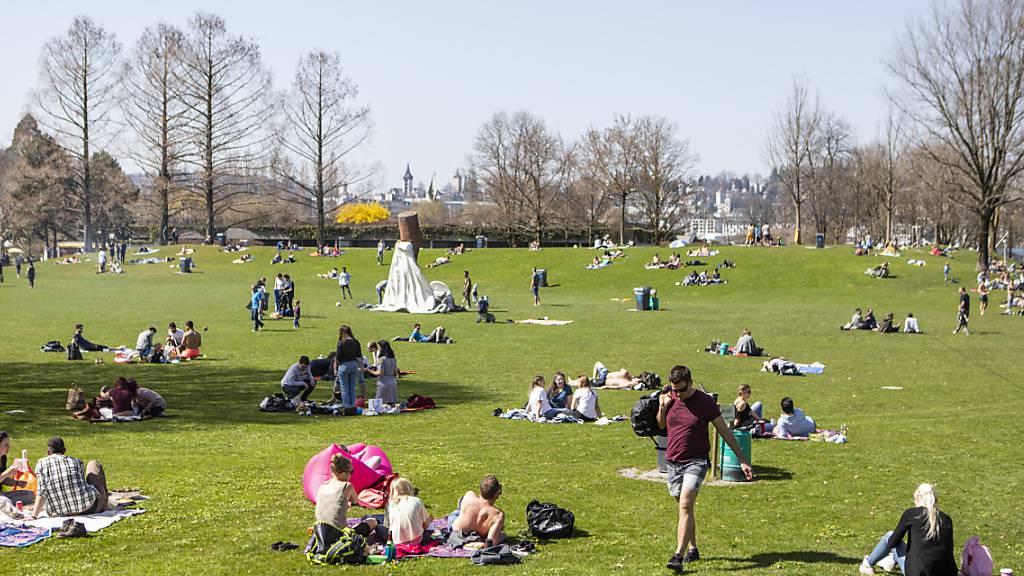 Ufschötti ist in Luzern eine populäre Grünfläche. (Archivbild)