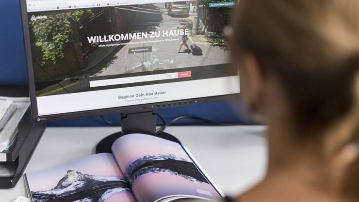 2000 Airbnb-Angebote gibt es allein in der Stadt Zürich. Wer als Mieter partizipieren will, muss sich an Regeln halten. Gewinn machen, darf er nicht.