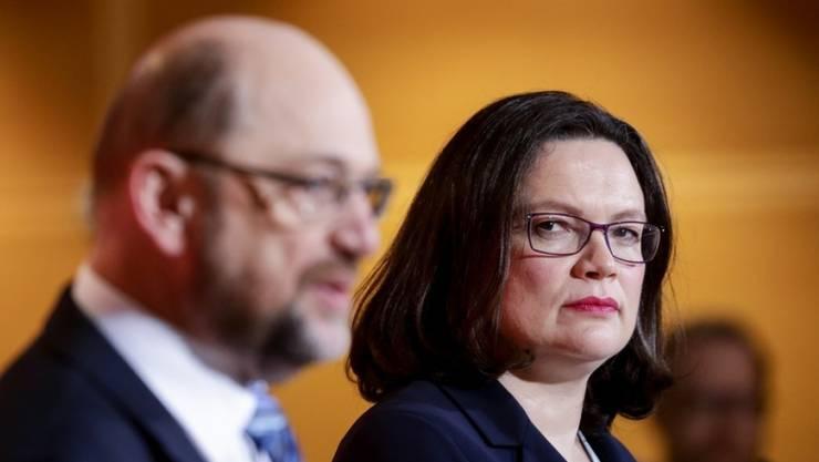SPD-Präsidium und -Vorstand haben Bundestagsfraktionschefin Andrea Nahles einstimmig als künftige Parteichefin nominiert.