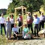 Der Ortsbürgerverein Frick pflanzte die Eiche in Anwesenheit der Ehrenmitglieder und des Vorstandes.