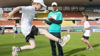 Olympiasieger Felix Sanchez hat Erfahrung als Leichtathletik-Lehrer – bereits vor dem Meeting in Lausanne unterrichtete er Nachwuchstalente.