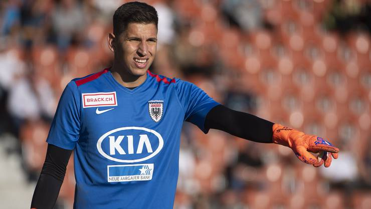 Djordje Nikolic im FCA-Dress - steht er bald gegen Aarau im Einsatz?