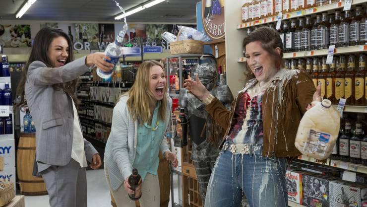 """Mila Kunis, Kristen Bell und Kathryn Hahn (von links) spielen die übermütigen Mütter in der US-Komödie """"Bad Moms"""" (Archiv)"""