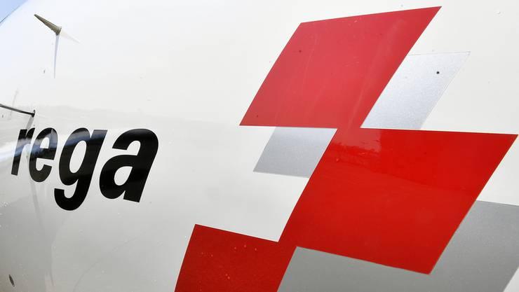 Das Ambulanz-Flugzeug der Rega kam von Bern-Belp und war im Anflug auf den Flughafen Zürich, als es zur gefährlichen Annäherung kam mit dem Segelflugzeug kam. (Symbolbild)