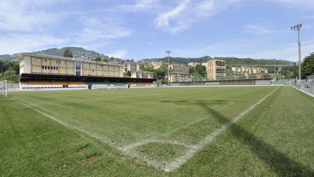 Der Rasen im Stade de Copet von Vevey ist aufbereitet für das erste Pflichtspiel seit fast einem halben Jahr. (Archivbild)