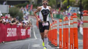 Auf der Laufstrecke: Daniela Ryf rennt beim Ironman Hawaii 2014 die Palani Road hoch.