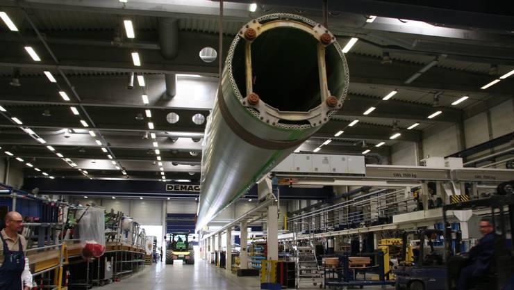 Dieses Rotorblatt ist 67 Meter lang und 12 Tonnen schwer. Es wird Teil eines Windrads mit 150 Metern Nabenhöhe.
