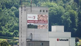 Vor dem Ende: Das Pelletwerk Mittelland AG hat sich in den Räumlichkeiten der Schöftler Polymill AG eingemietet.