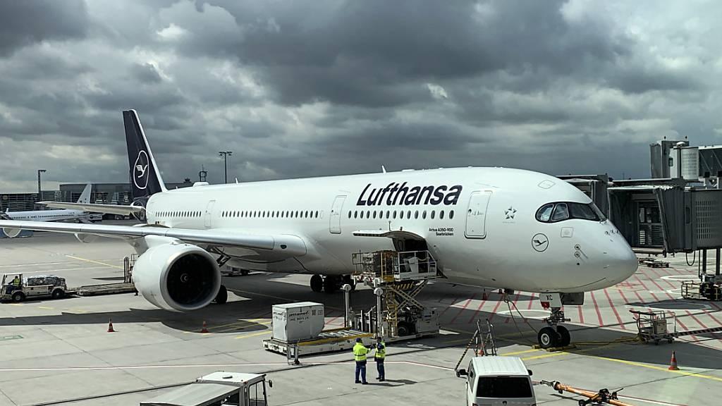 Lufthansa kündigt Einsparungen an - Kapitalerhöhung kommt