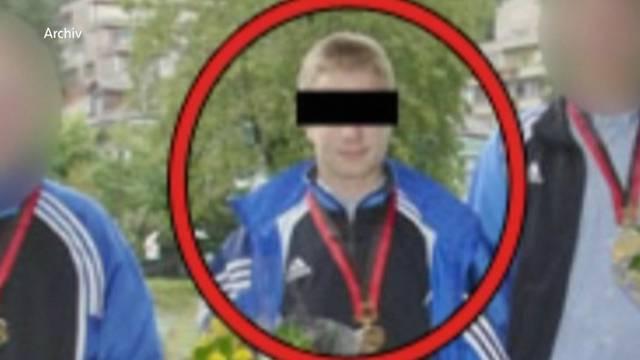 Tobi B.war erst 17 Jahre alt, als er eine 40-jährige Prostituierte in einem Erotiksalon beim Bahnhof Aarau vergewaltigte und ermordete.