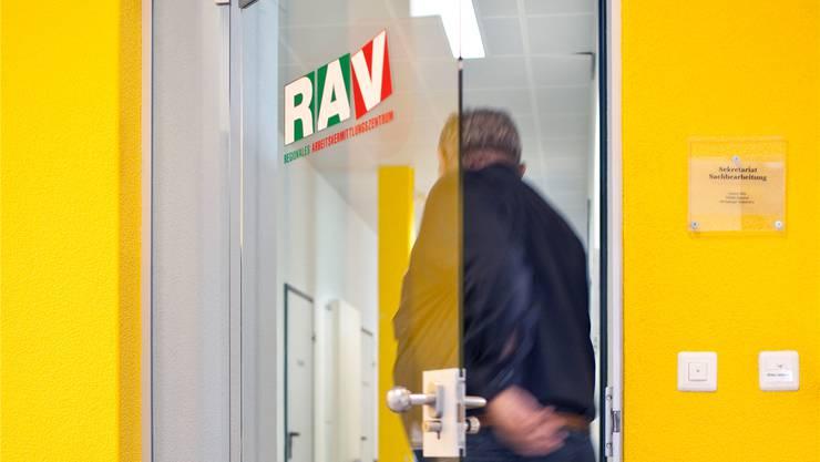 Nur wer beim RAV registriert ist, gilt offiziell als arbeitslos.