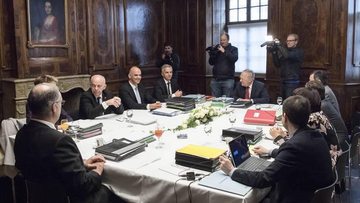 Die Landesregierung hält ihre ordentliche Sitzung in Solothurn im ehrwürdigen Von-Roll-Haus ab