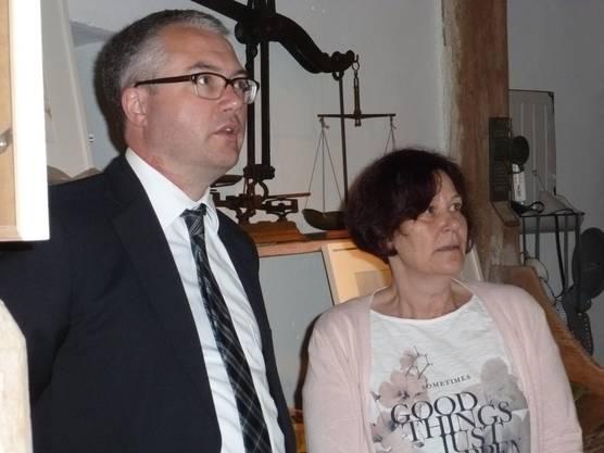 Regierungsrat Remo Ankli besucht das Dorfmuseum Feldbrunnen-St. Niklaus