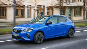 Optisch ist der Opel Corsa e kaum von den Varianten mit Verbrennungsmotor zu unterscheiden.