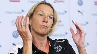 Martina Voss-Tecklenburg will die Schweiz an ihrer ersten EM mindestens in den Viertelfinal führen.
