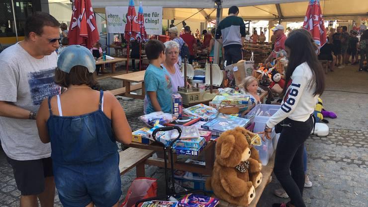 Kinderflohmarkt am Dorffest Lengnau