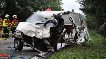 Tödlicher Verkehrsunfall auf der Aaretalstrasse bei Wildegg