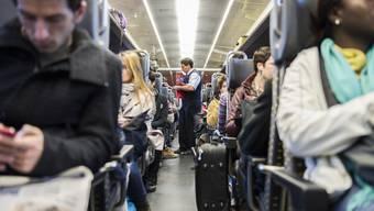 Zugspendler: Bis zum Preis eines GA 2. Klasse sollen die Fahrtkosten abzugsberechtigt bleiben.
