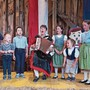 Anna Eisenhut (Mitte) freut sich, bald einen zweiten Kinderjodlerchor zu gründen.