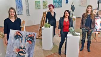 Die vier Künstlerinnen von links: Noemi Metzel, Sofie Schenker, Rebecca Aerni und Anna-Lena Holm.