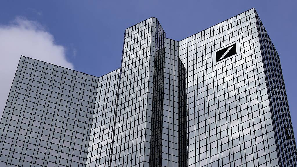 Deutsche Bank schreibt hohen Gewinn (Archivbild)