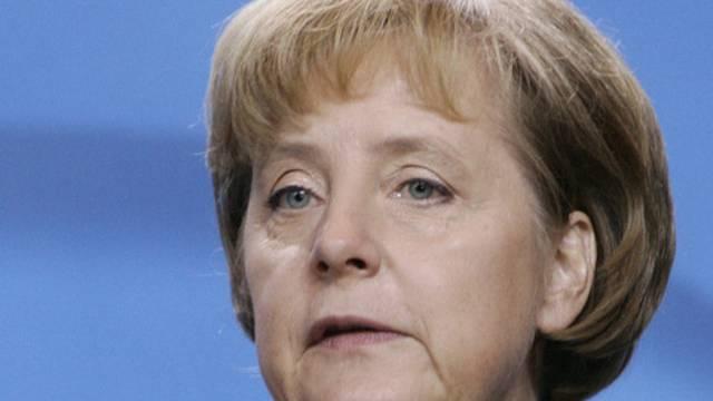 Angela Merkel hält den Aufbau der Bankenaufsicht für ambitioniert (Archiv)
