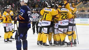KalPa Kuopio bejubelt den Spengler-Cup-Sieg