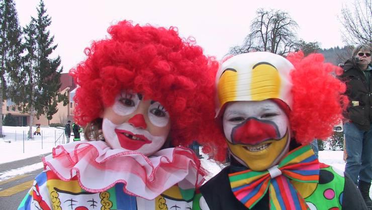 Die beiden Clowns haben sicher warme Ohren