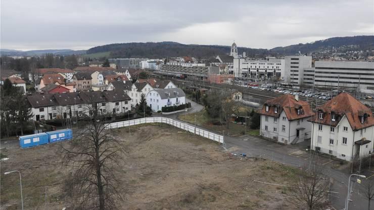 Schachengrund: Links baut die Genossenschaft Schächli, rechts,wo heute noch drei Häuser stehen, die Genossenschaft Eigengrund. BHI