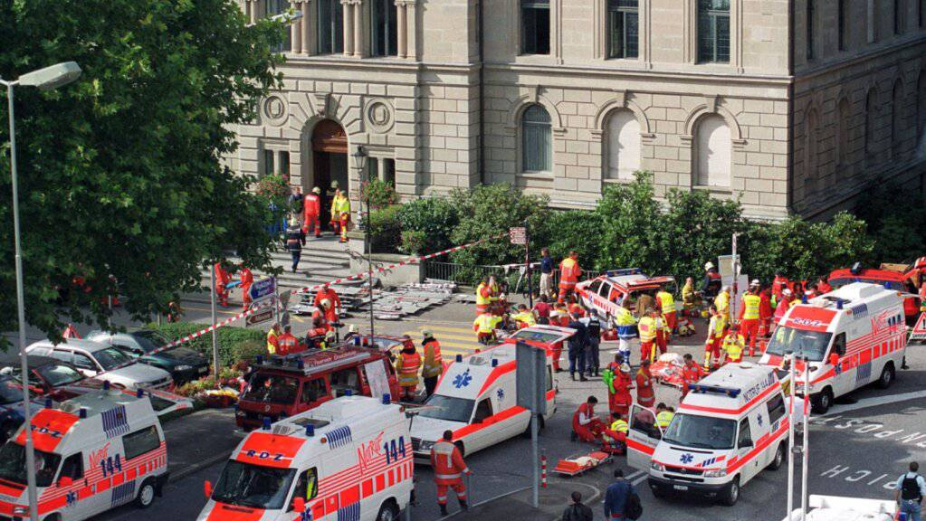 In Zug findet heute zum 20. Jahrestag des Zuger Attentats ein ökumenischer Gedenkanlass statt. (Archvibild)