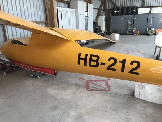 Das Flugzeug wurde frisch bezogen und lackiert