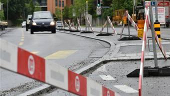 Letzte Bauarbeiten an der Ziegelfeldstrasse in Olten.