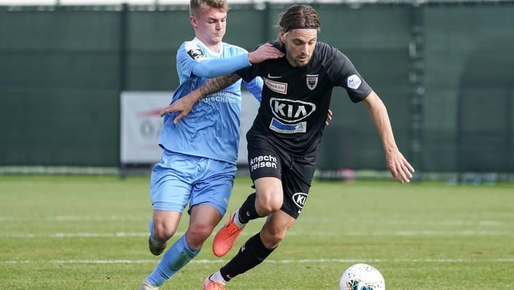 Olivier Jäckle (rechts) erzielte beim 1:0 gegen Craiova das Tor des Tages vom Penaltypunkt