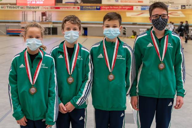 Team STV Möriken-Wildegg 5 von links nach rechts:  Sheryl und Levin Graf, Nico Sonderegger und Jan Bryner